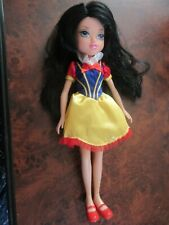 LOOSE MOXIE GIRLZ MASQUERADE MERIN DOLL: SNOW WHITE.
