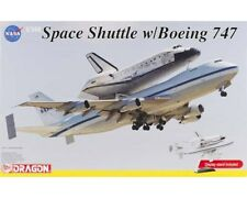 Dragon VISIBLE NASA SPACE SHUTTLE DISCOVERY W/B747-100 SHUTTLE CARRIER kit 1/144