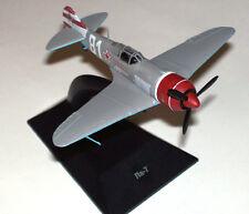 1:100 Lavochkin La-7 Soviet Airplane WWII model Die Cast & Magazine 7 Russian