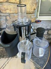 BELLA SENSIO HIGH-POWER JUICE EXTRACTOR XJ-12405 with Accessories (Lightly used)