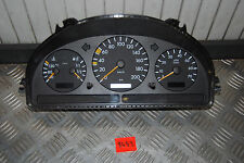 Mercedes Benz ML230 Kombiinstrument Tacho A1635400947