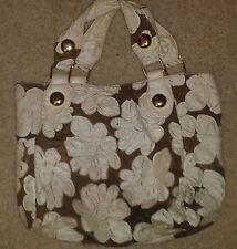 Big Buddha Hibiscus Hobo Handbag - Gold & White