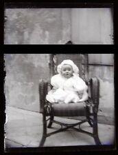 PLAQUE VERRE PHOTO NEGATIF circa.1914 LA CHAISE DE BEBE Baby's chair  (B37)