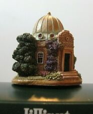 """Lilliput Lane L2630 """"Look To The Star's"""" New - Mint in original box with deed."""