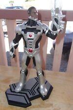 DC Collectibles Cyborg Cold Cast Porcelain Statue 1:6 Scale Statue Action Figure