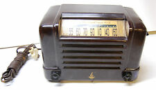 Vintage Emerson Radio & Phonograph Corp. Bakelite AM Radio