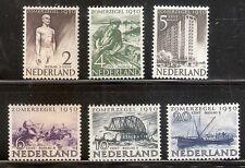 Nederland    Nummer  550/555   Postfris.