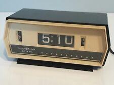 Vintage GE 8139-3 Digital Alarm Clock Mechanical Flip-Type Display working bulb