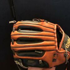 "Wilson staff 300 Youth T-Ball baseball glove 9"" Rht in good condition"