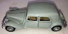 Maisto 1952 Gray Citroen 15CV 6CYL Special Edition 1:18 Diecast Model Car