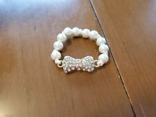 Excellent Condition Crazy 8 Girls 2013 Holiday Party Line Gem Bow Bracelet