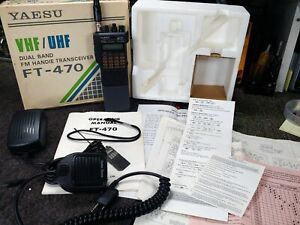 Yaesu FT-470 Ham Radio Transceiver w/ New Battery & Charger. Great Condition