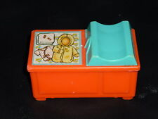 Fisher Price Little People Vintage Baby Changing Table Pink-Orange
