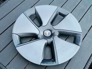 X1 Tesla Model 3 Car Wheel Trim Hub Cap 19 Inch, 1044271-00A  IND.