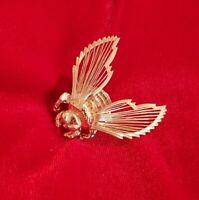 Vintage MONET goldtone Honey Bee Brooch pin