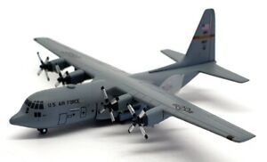 Dragon Wings 1/400 Scale 56299 - C-130H Hercules 109th Airlift Sqd Mn Ang '08