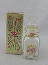 Vintage MIB - Avon Lavender Powder Sachet .9 oz  Full
