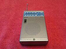 Vintage General Electric GE FM-AM Headset Radio Portable Receiver model 7-1150A
