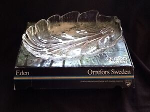 ORREFORS SWEDEN OVAL DISH (NEW)