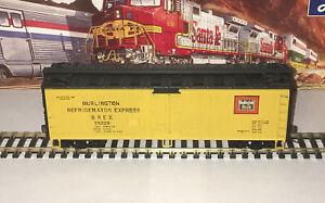Athearn HO Burlington 40' Reefer Blue Box BREX 75226 Refrigerator Express