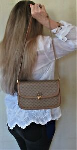 $1150. genuine GUCCI Italy SHOULDER PURSE Tan GG Monogram CLUTCH BAG Never Used
