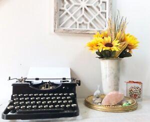 Antique Portable Standard Vintage 1930s Royal Typewriter Model O Black