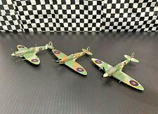 Corgi Spitfire Mk 1, Mk VB & Mk IX-Pilot Johnnie Johnson-3 Piece Set-1:72 Boxed