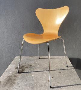 Fritz Hansen Arne Jacobsen Stuhl Serie 7 Modell 3107 Ahorn Chair Chaise