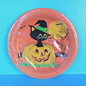 Vintage Halloween Party Paper Plates Black Cat Pilgrim Hat Jack O' Lantern Moon