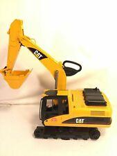 Bruder Excavator 1:16 Scale Caterpillar Toy Truck Yellow Cat