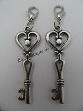2 CHARMS BRELOQUE A FERMOIR METAL ARGENTE CLEF MOTIF COEUR - CREATION BIJOUX