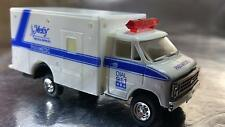 ** Trident 90130 Ambulance - Mercy Mdeical Services Paramedic HO 1:87 Scale
