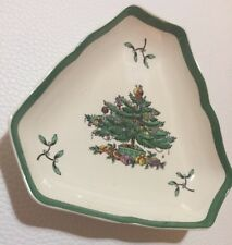 """EUC Triangle 5 1/2"""" Nut Dish in Christmas Tree (Green Trim) by Spode"""