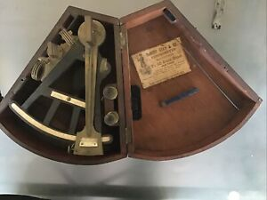 ANTIQUE OCTANT - 1890- DeMORY Gray & Co. CHRONOMETER OCTANT