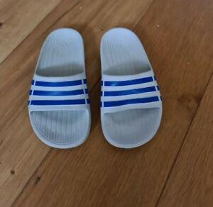 adidas sliders infant 10