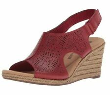 Clarks Ultimate Comfort Red Rouge Sandals. Size 5 / 35 NEW!