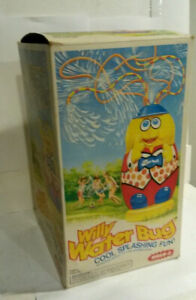 Wham-O Willy Water Bug sprinkler hose toy 1980 dated w box & directions summer