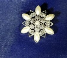 Vintage Womens Snowflake Brooch Pin Silver Tone Faux Pearl Crystal