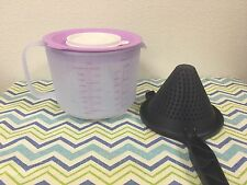 Tupperware Mix N Store Classic Measuring Mixing Pitcher 8-Cup / 2L Light Purple