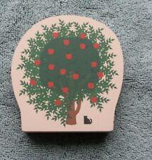 The Cat's Meow Apple Tree