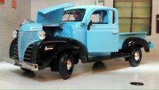 Camions miniatures bleus 1:24