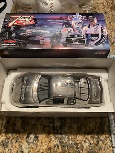 2000 Dale Earnhardt Sr #3 GM Goodwrench 75th Win Platinum 1:24 NASCAR Action