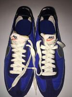 NIKE Road Runner Nike Sneakers Vintage Rare US PATENT # 3703750 In Nice Conditio