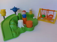 VINTAGE Fisher Price Little People #2525 PLAYGROUND with KIDS, MOM & SWING SET