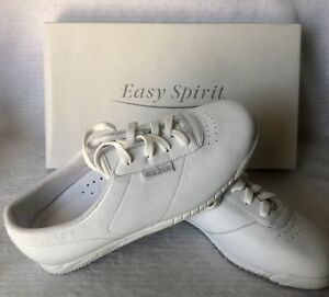 Easy Spirit Triumph Ladies Leather Walking Shoes Size 7W New in box