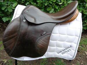 "17"" Stubben Siegfried MF Spezial Jump Saddle brown width 29 medium narrow"