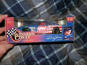 1997 Winners Circle 1:24 Scale Diecast  Dale Jarrett 88 Ford Quality Care Car