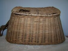 VINTAGE WICKER FISH BASKET / FISHING CREEL WITH HANDLE AND STRAP