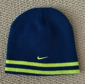 NIKE Youth Reversable Acrylic Beenie Cap CC400 (one size)