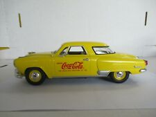 Johnny Lightning Coca Cola 1951 Studebaker Commander Starlite 1:24 Scale